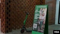 Salah satu titik parkir Grab Wheels di Jalan Kebon Sirih