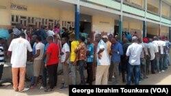 Les Sénégalais qui habitent en Côte d'Ivoire sont allés voter, le 24 février 2019. (VOA/George Ibrahim Tounkara)