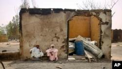 Un magazin brûlé par Boko Haram près du Lac Tchad (AP Photo/Jerome Delay)
