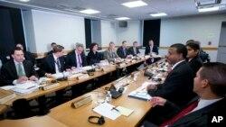 27일 미국 워싱턴을 방문한 쿠바 외교사절단이 국무부 관리들과 회담을 가졌다.