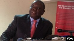 Former Prime Minister Morgan Tsvangirai addressing journalists in Harare Wednesday, September 18, 2013. (File Photo)
