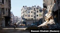 Harasta dans l'est de al-Ghouta, près de Damas Décembre 24, 2013.