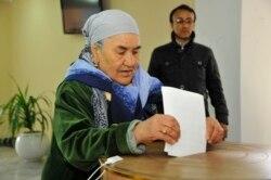 Islom Karimov qo'li ostidagi kelasi besh yil haqida fikrlar-Malik Mansur lavhasi