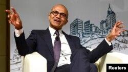 CEO Microsoft Satya Nadella mengumumkan sistem operasi Windows 10 hari Rabu 21/1 (foto: dok).