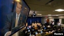 북한의 신선호 유엔주재 대사가 21일 뉴욕의 유엔본부에서 기자회견을 갖고, 한반도 상황에 대한 입장을 밝히고 있다.
