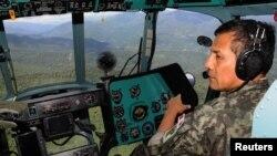 Antes de viajar a la Cumbre de las Américas en Colombia, el presidente peruano, Ollanta Humala, inspeccionó personalmente la zona de operaciones en Cusco.