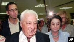 前以色列总理沙龙和他的妻子