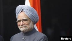 Perdana Menteri India Manmohan Singh menyerukan agar warganya memelihara kedaaian dan ketenangan dan menjamin akan menegakkan keadilan untuk korban pemerkosaan di New Delhi (23/12).