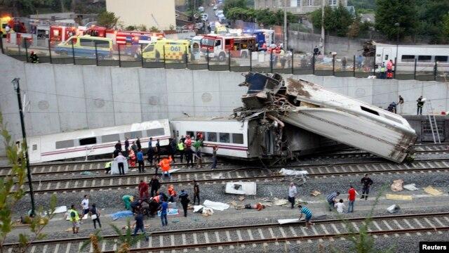 Spanjë: Mbi 50 të vdekur në një aksident hekurudhor