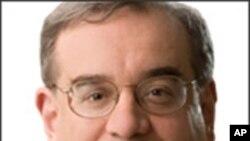 移民研究中心执行主任马克·柯里克里安