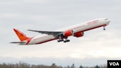 Maskapai penerbangan Air India membiarkan penumpangnya menunggu dalam pesawat selama delapan jam di bandara Gatwick (foto:ilustrasi).