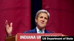 美國國務卿克里在印第安納大學演講(圖片來源:美國國務院)