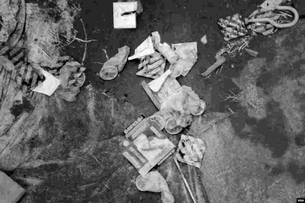 The ground is littered with used condoms, Gibiloso, Kigali, Rwanda, Nov. 15, 2013. (Hamada Elrasam for VOA)