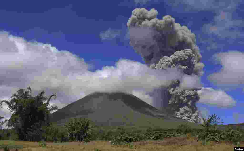 Volcanic ash is seen rising from Mount Lokon in Tomohon, Indonesia's North Sulawesi province.