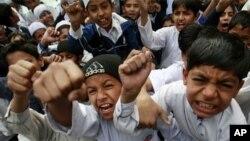 'پاکستان کے تعلیمی اداروں کے نصاب میں عدم برداشت کا درس'