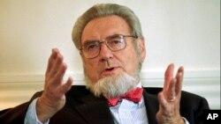 Koop murió a los 96 años de edad en su residencia en Hanover, NH, sin embargo, no se dieron a conocer los motivos de su muerte.