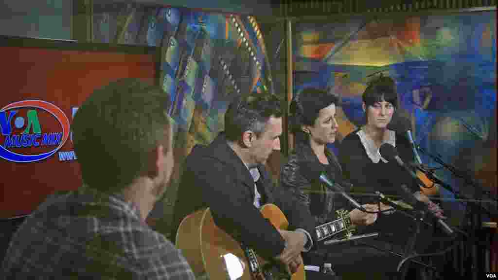 The Cranberries tell VOA's Larry London that performing live is the biggest reward as musicians.