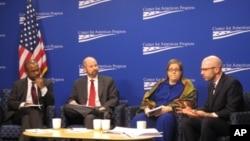 """美国进步中心举行""""家庭支持对LGBT青少年的关键作用""""研讨会"""