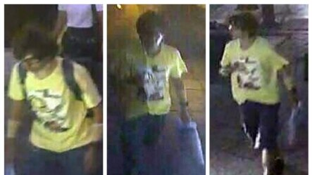Nghi can mặc áo màu vàng đeo ba lô đi bộ gần đền Erawan được trông thấy trên máy thu hình an ninh tại địa điểm xảy ra vụ nổ bom ngày 17/8/2015.