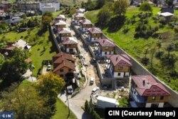 """Ilegalno naselje """"Solaris"""" nastalo je za nekoliko mjeseci, uprkos brojnim zabranama i kaznama inspekcije (Foto: CIN)"""