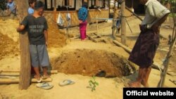 Well digging in Kachin State, Burma