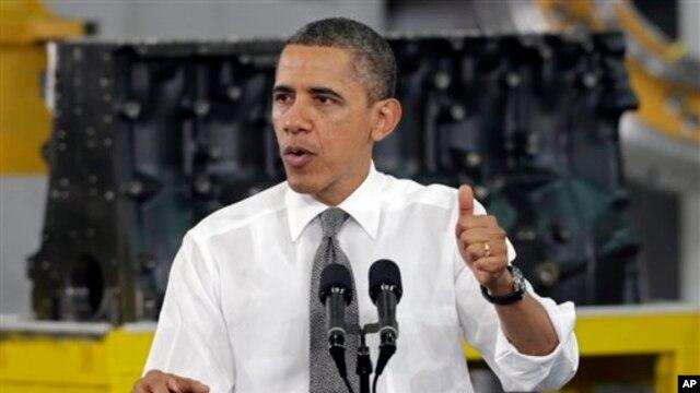 Ông Obama nói tầng lớp trung lưu chính là cỗ máy  thực sự giúp tăng trưởng kinh tế. (AP)