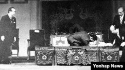 [비밀 외교문서 속 북한] 박정희 대통령 암살 기도 (2)