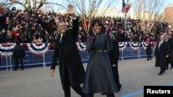 Luego de la la ceremonia de posesión para su segundo mandato, Obama reitera su apuesta por los programas sociales, una reforma inmigratoria y un EE.UU. fuerte pero en paz.