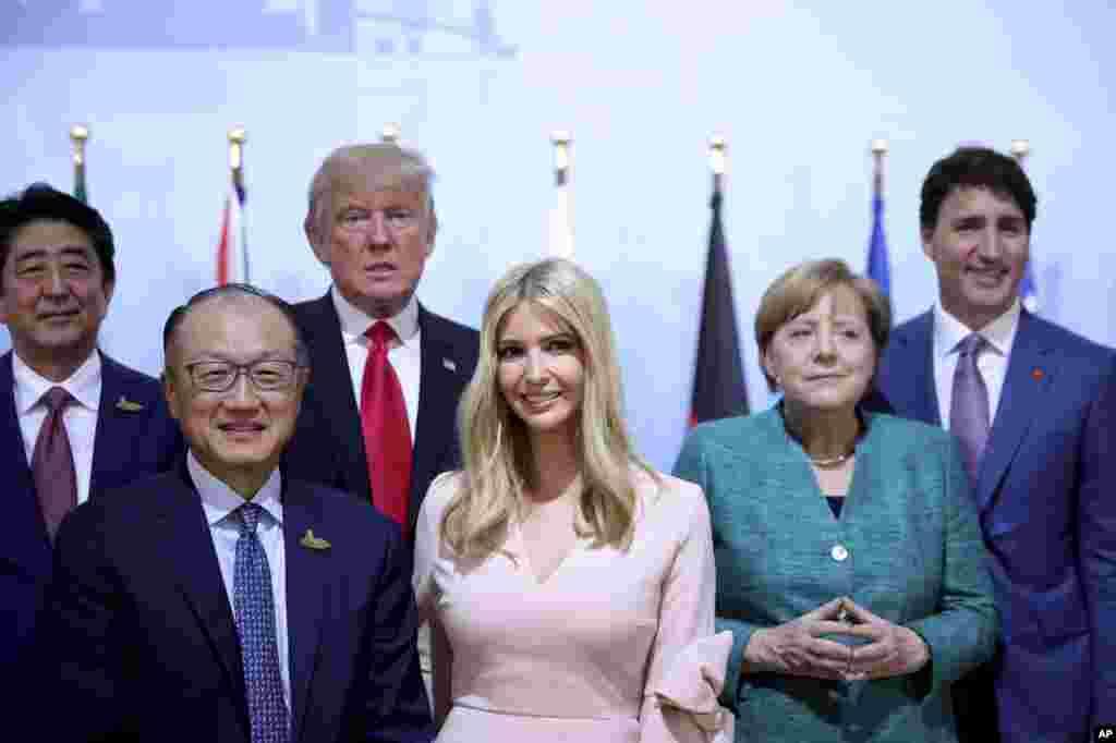 حضور ایوانکا ترمپ دختر رئیس جمهوری ایالات متحدۀ امریکا در میان جمعی از رهبران گروه ۲۰ در هامبورگ آلمان