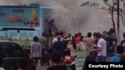 杭州一辆公交车被纵火(博讯图片)