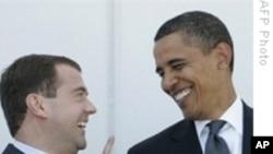 US e Rússia Assinam Tratado Nuclear