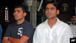 بلا اجازت میڈیا سے بات چیت ، عمراکمل اور محمد حفیظ کو بھی نوٹس جاری