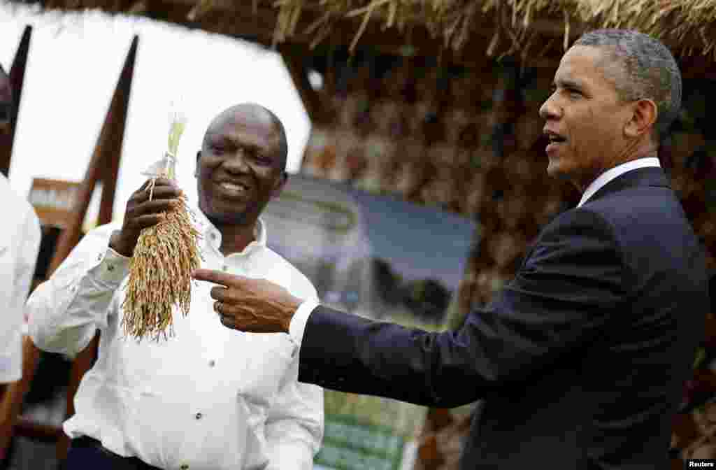 U.S. President Barack Obama visits a food security expo in Dakar, Senegal, June 28, 2013.