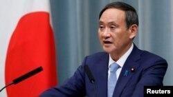 资料照:日本内阁官房长官菅义伟在记者会上讲话。(2019年9月11日)