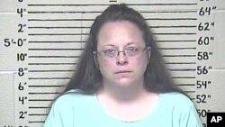 Foto de Kim Davis divulgada por el centro de detención del Condado Carter, Kentucky, tras ser recluída el jueves, 3 de septiembre de 2015.