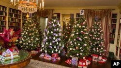 The Library on the ground floor of the White House on Dec. 2, 2015, in Washington as Christmas decorations for 2015 are unveiled.