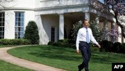 Tổng thống Obama muốn kiểm tra sự ứng phó đối với vụ dầu loang từ một giếng dầu ngoài khơi
