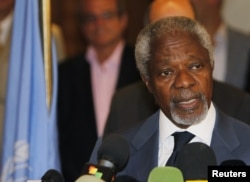 FILE - Former UN Secretary-General Kofi Annan speaks to the media at a hotel after returning from a meeting with Syrian President Bashar al-Assad in Damascus, July 9, 2012.