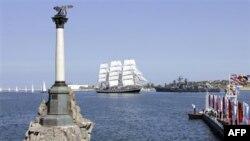 Порт Севастополь. Крым. 11 мая 2008 года