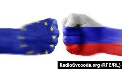 Zastave EU i Rusije u obliku pesnica