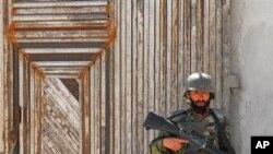 کابل: په ځانمرګي برید کې لس تنه ټپي شویدي