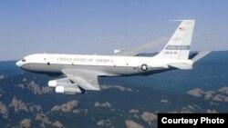 Самолет Boeing B-707 ОС-135Б