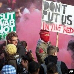 英國學生抗議大學學費上升