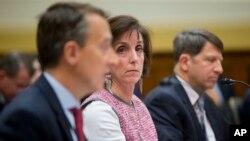 La secretaria de Estado adjunto para Asuntos del Hemisferio Occidental, Roberta S. Jacobson (centro), recibirá a una delegación del gobierno cubano en Washington.