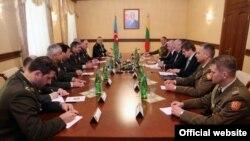 Azərbaycan və Litva müdafiə nazirlərinin görüşü