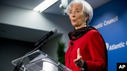 International Monetary Fund (IMF) Managing Director Christine Lagarde speaks at the Atlantic Council, April 9, 2015, in Washington.