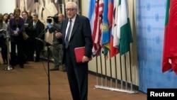 Utusan PBB-Liga Arab untuk Suriah, Lakhdar Brahimi di Markas Besar PBB di New York (13/3). (Reuters/Mike Segar)