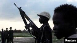 Homens armados, Sudão do Sul.