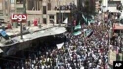 13일 시리아 전역에서 계속된 반정부 시위 (시민제보 동영상 화면)