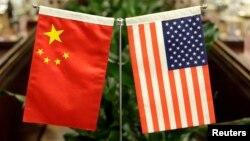美国财政部长姆努钦和贸易代表莱特希泽美国东部时间12月10日下午与中国国务院副总理通过电话讨论下一步美中贸易谈判